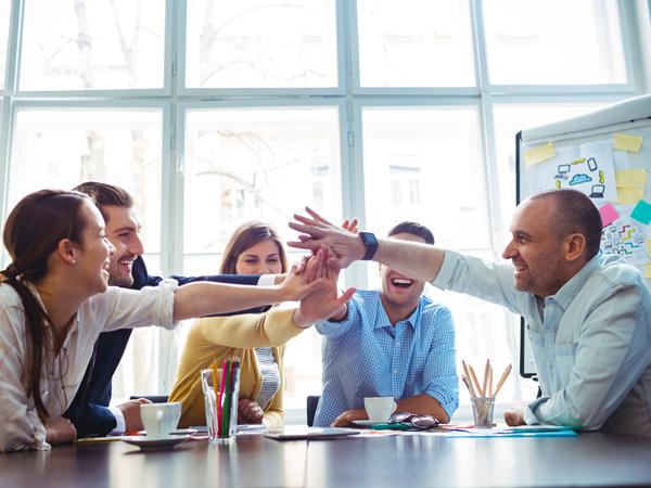Arbeiten im Innendienst der AVIE Apothekenkooperation: Hier werden das Miteinander und Kollegialität großgeschrieben.