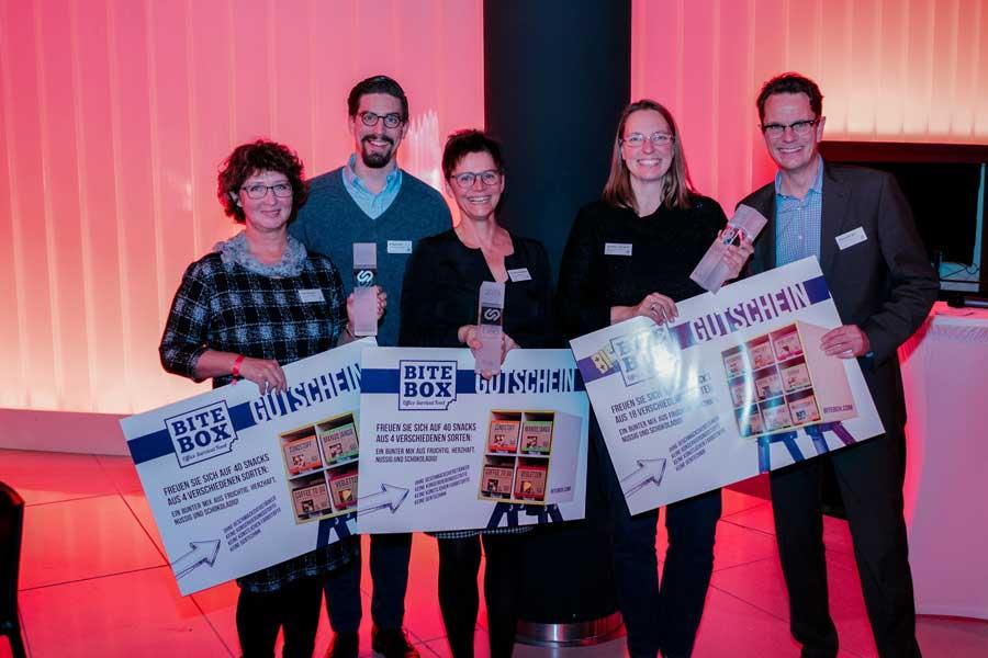 Verleihung bea AWARD 2019: v.l.n.r.: Olga Hermann, Philipp Kohl (Geschäftsführer AVIE), Roswitha Kannegießer, Christina Tribukait und Alexander Bill (Leiter Marketing AVIE)