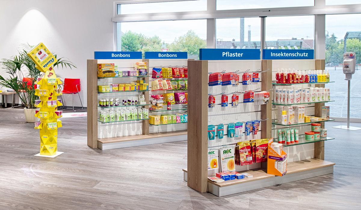 Der AVIE Ladenbau sorgt für ein modernes, hochwertiges Erscheinungsbild Ihrer AVIE Apotheke.